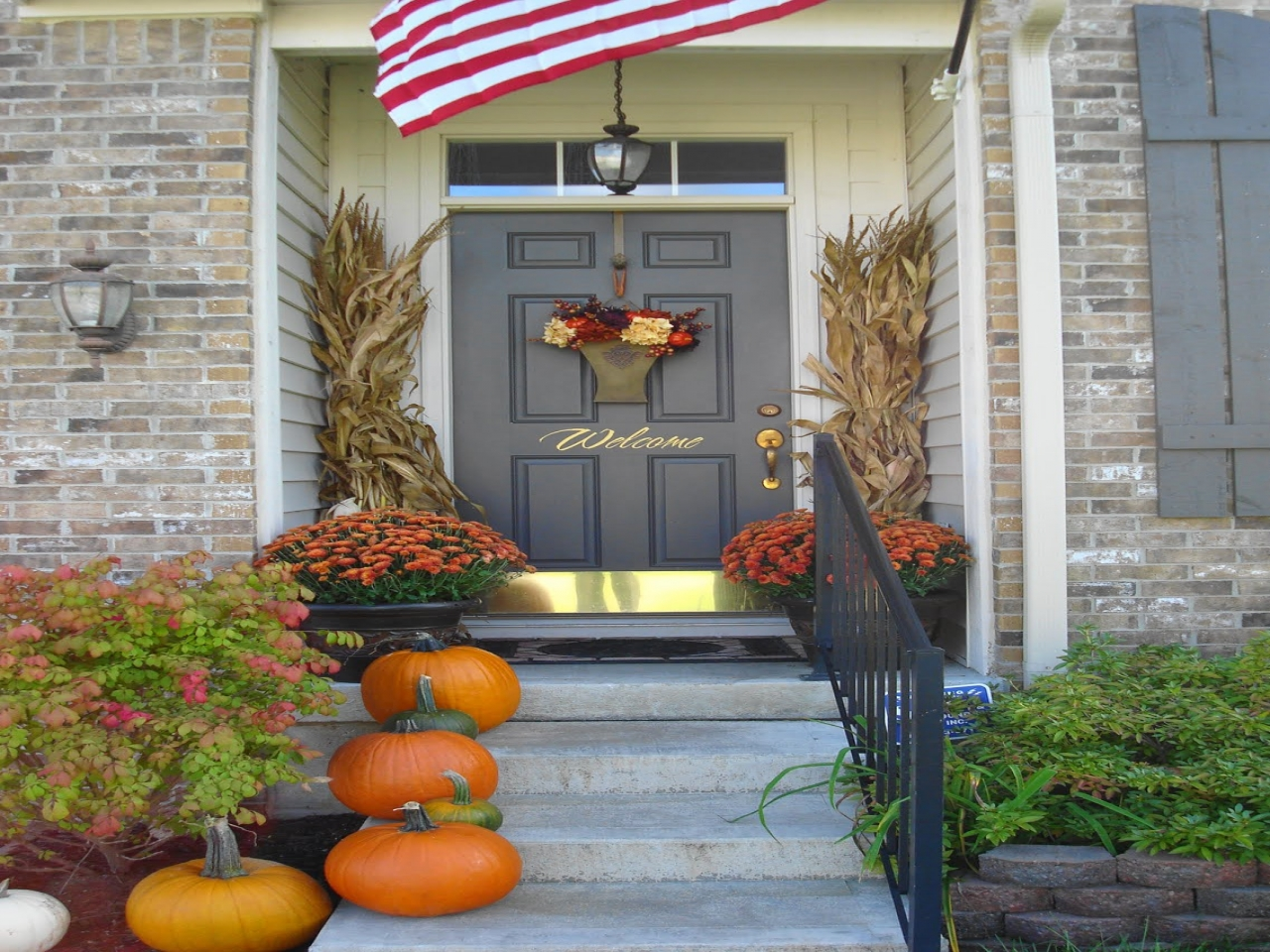 Image of: Decorating Front Porch Exterior