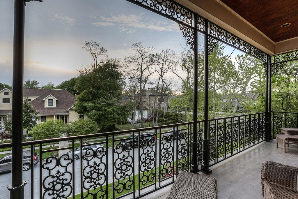 Image of: Decorative Metal Porch Columns
