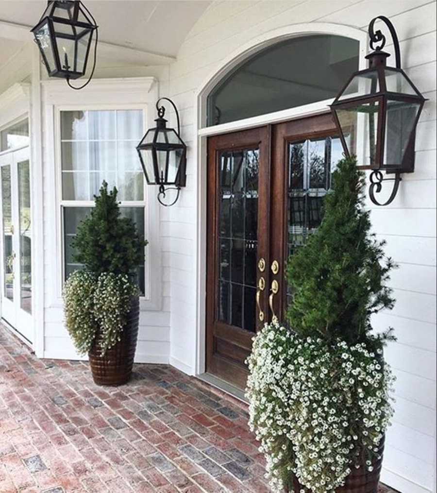 Image of: Elegant Lantern Porch Lights