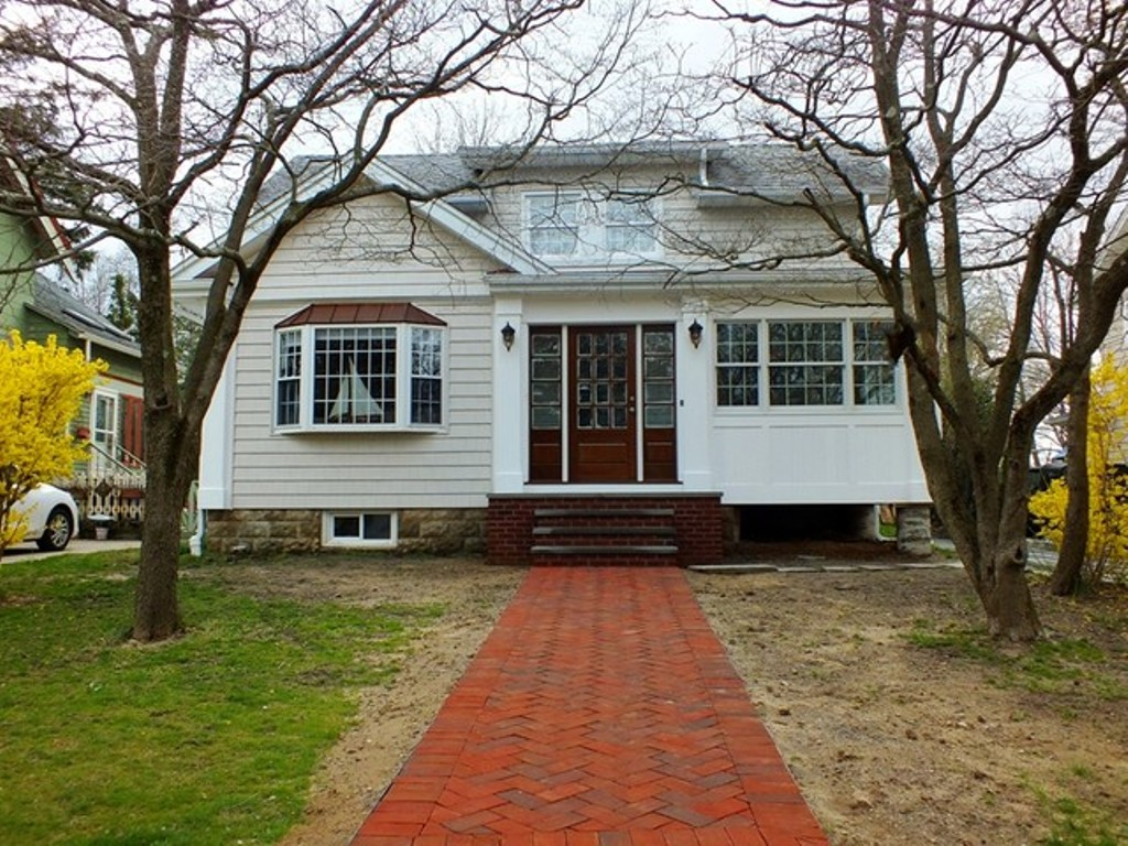 Enclosed Front Porch Meaning