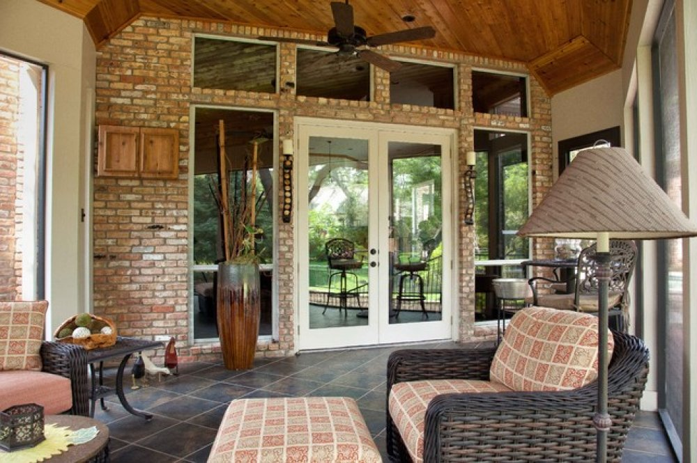 Image of: Enclosed Porch Designs Brick