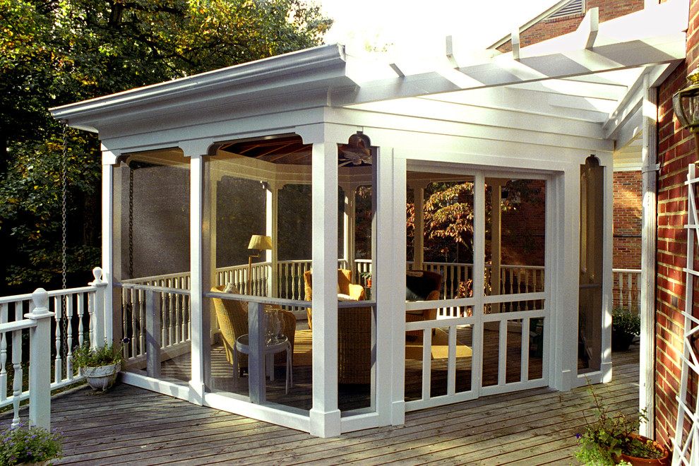 Image of: Enclosed Porch Designs Deck