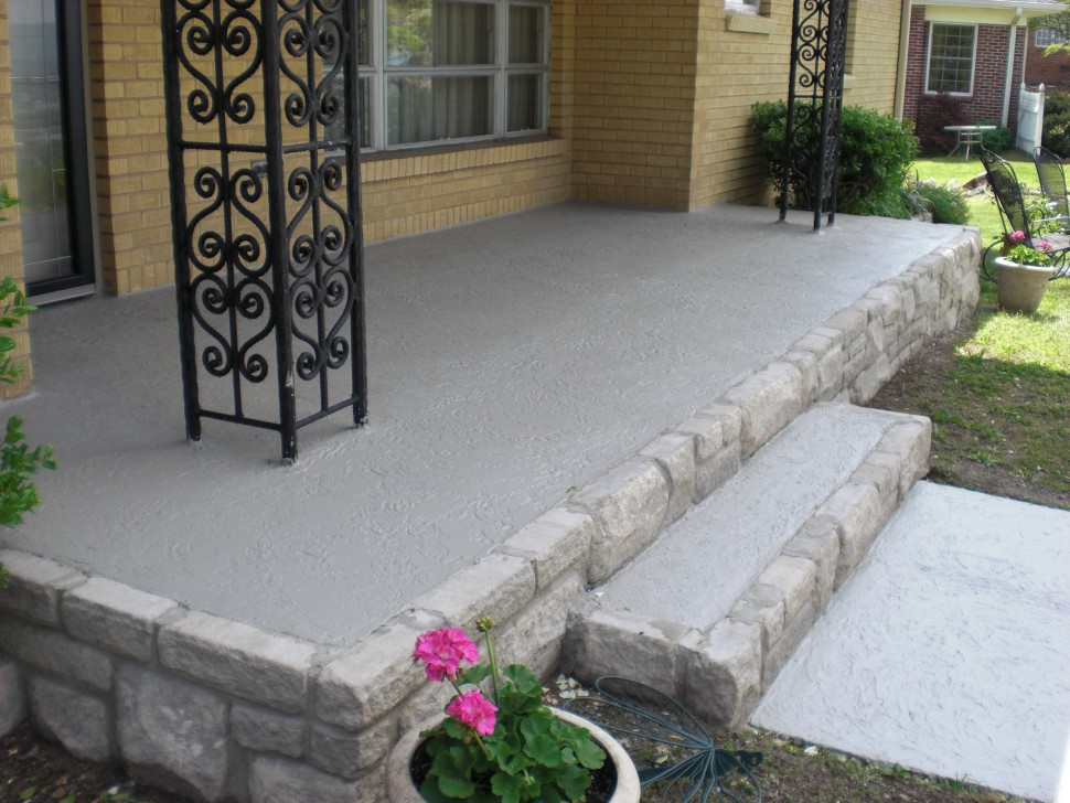 Image of: Exposy Concrete Front Porch