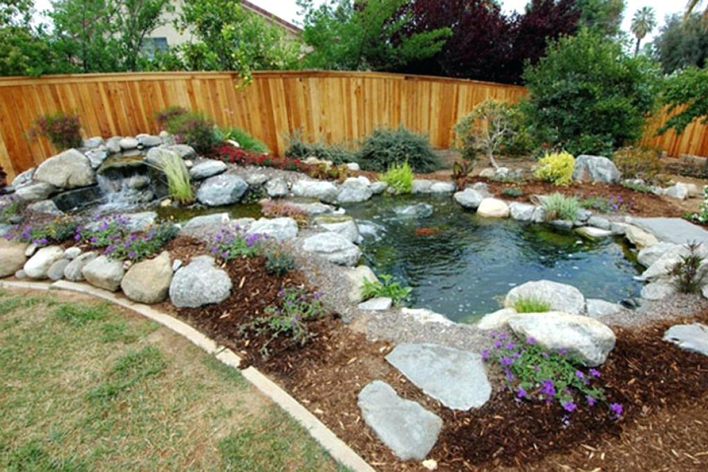 Image of: Farm Pond Landscaping Ideas