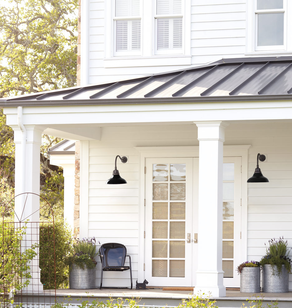 Image of: Farmhouse Front Porch Design