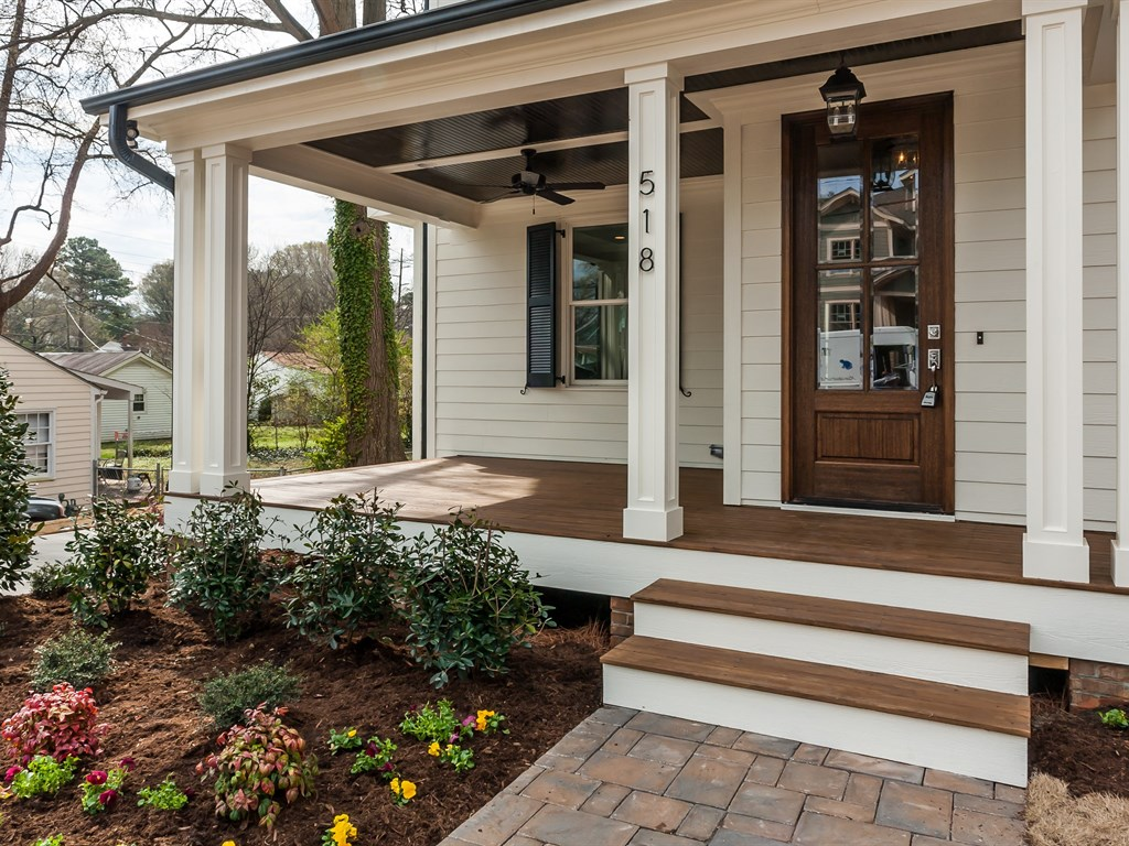 Image of: Farmhouse Front Porch Popular
