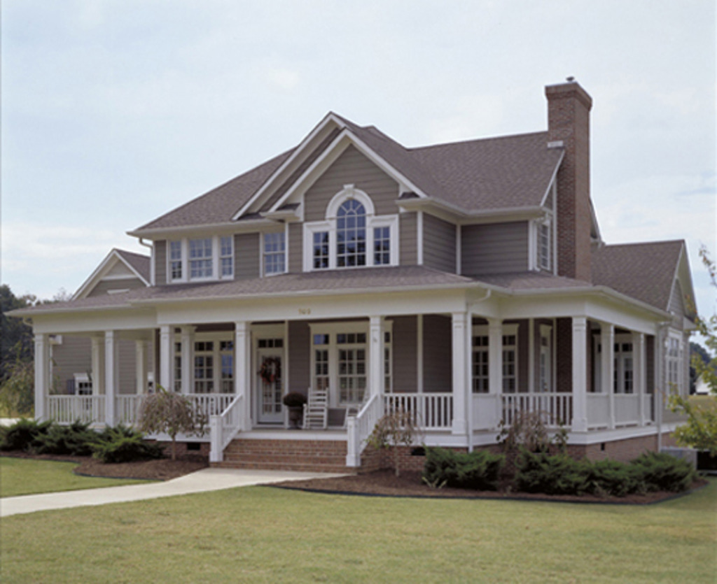 Image of: Farmhouse Front Porch Types