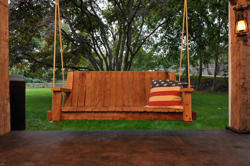 Image of: Farmhouse Log Porch Swing