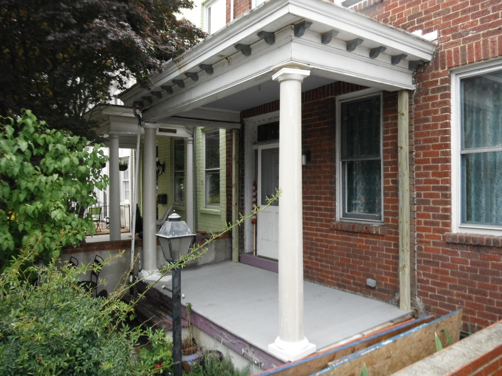 Image of: Fiberglass Porch Columns Ideas
