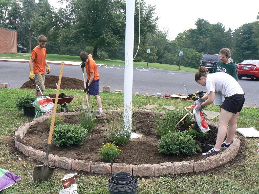 Flagpole Landscaping Ideas Design
