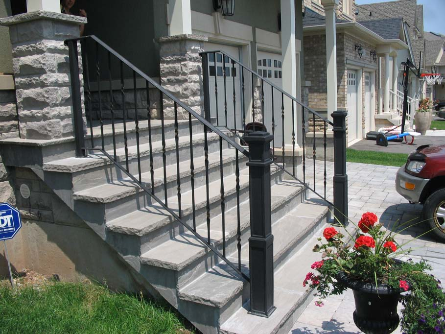 Image of: Front Iron Porch Railing