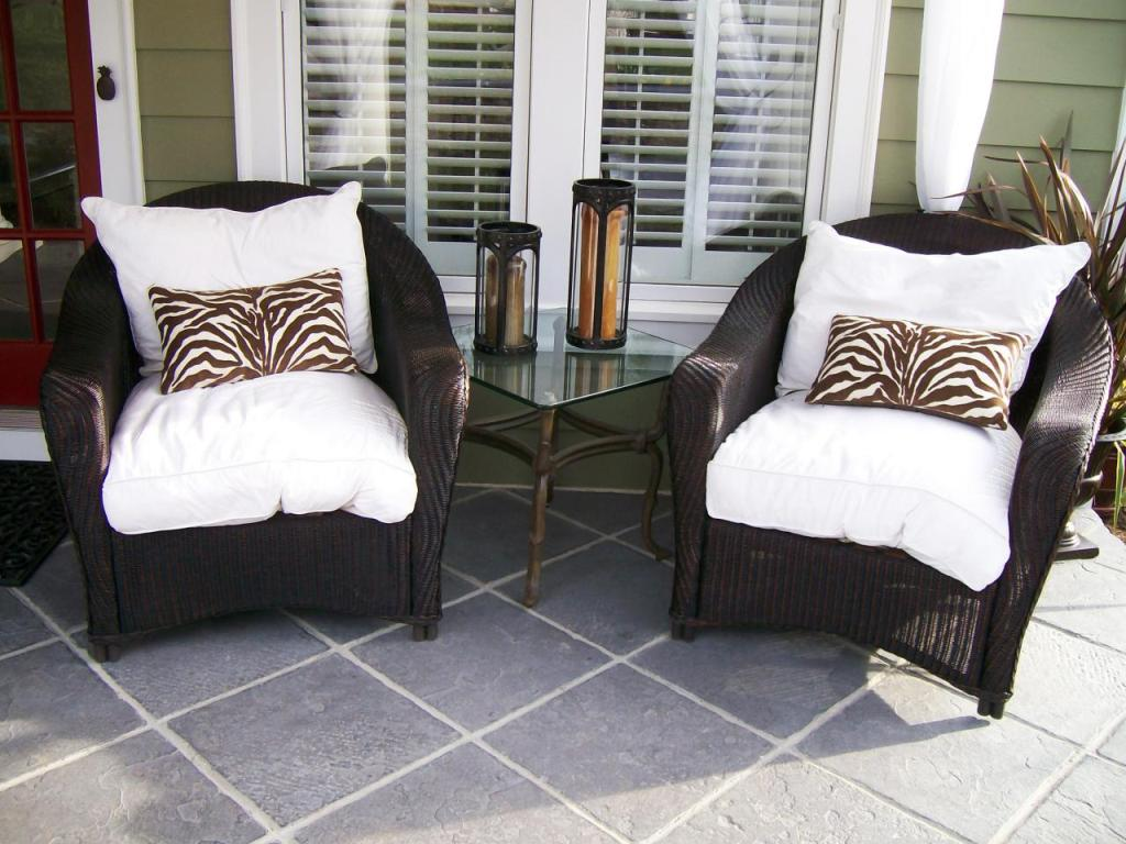 Image of: Front Porch Chairs And Benches