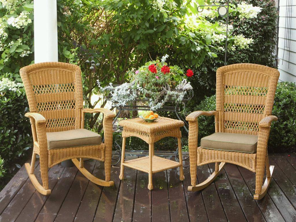 Image of: Front Porch Furniture Ideas Rattan