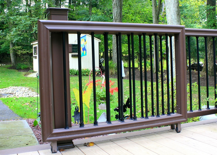 Image of: Front Porch Gate Sliding