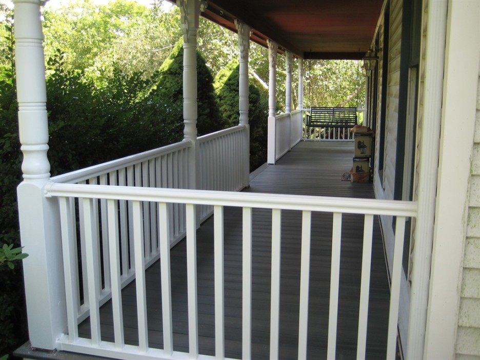 Image of: Front Porch Handrails Ideas