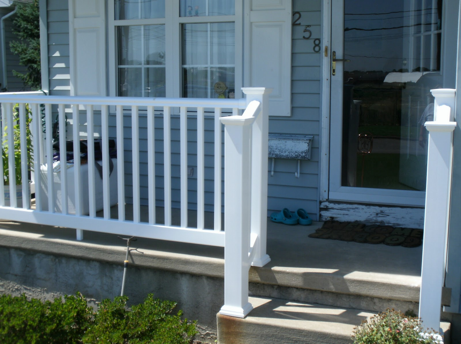 Image of: Front Porch Railings Remodeling