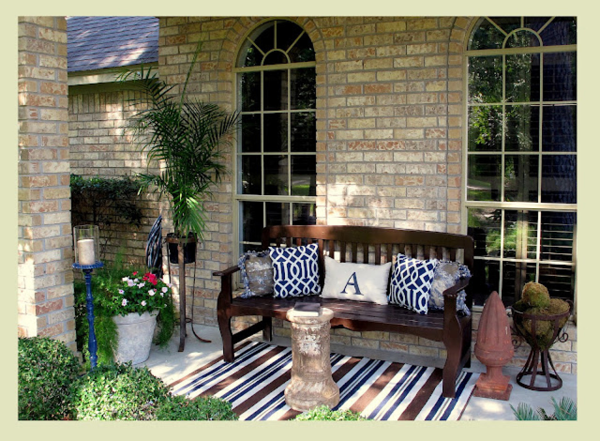 Image of: Front Porch Seating Bench