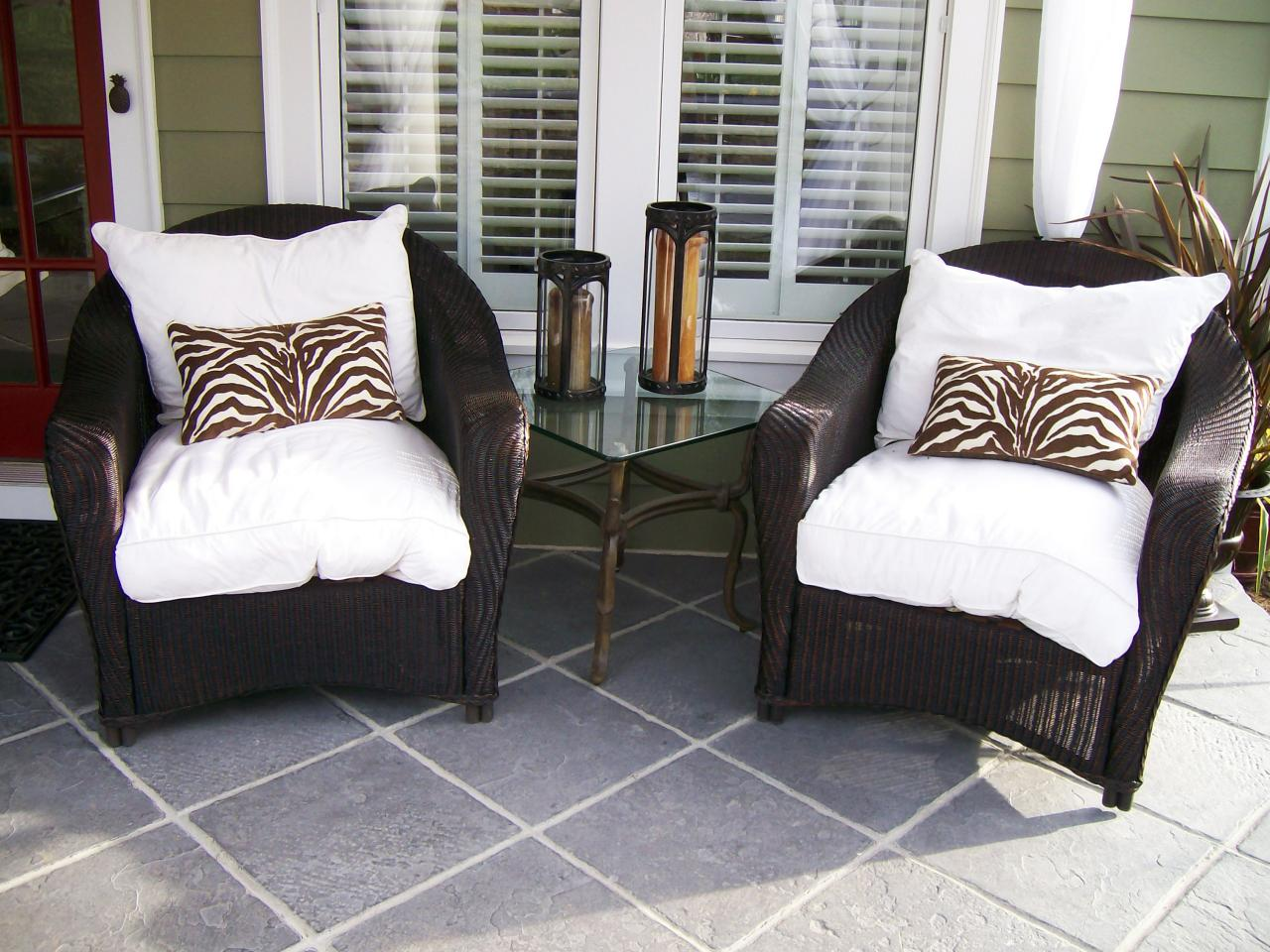 Image of: Front Porch Seating Wicker