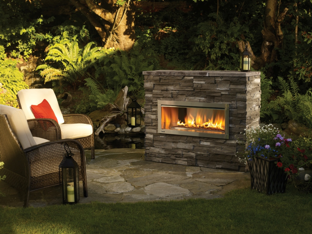 Image of: Gas Logs For Outdoor Fireplace