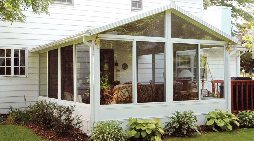 Image of: Glassed In Porch Ideas