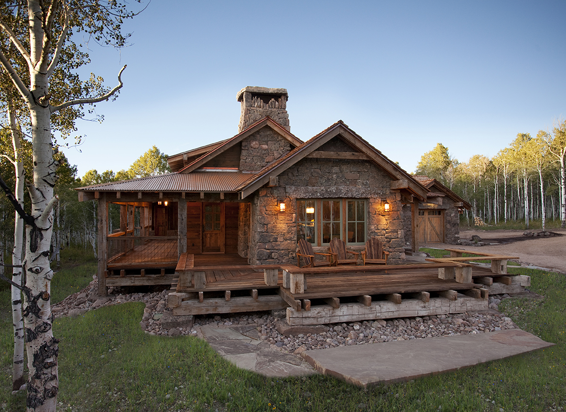 Image of: Gorgeous Log Cabin With Wrap Around Porch