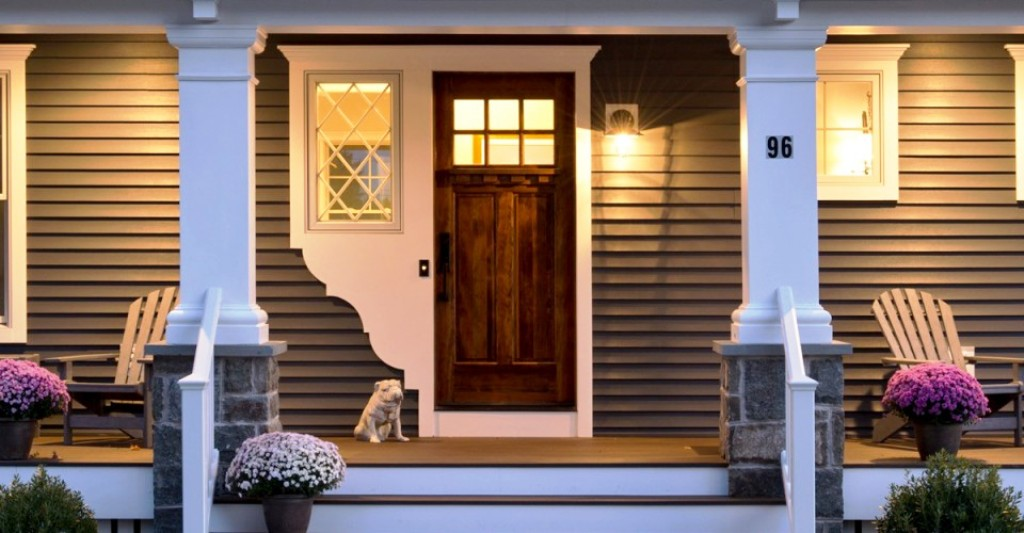 Hanging Front Porch Light Idea