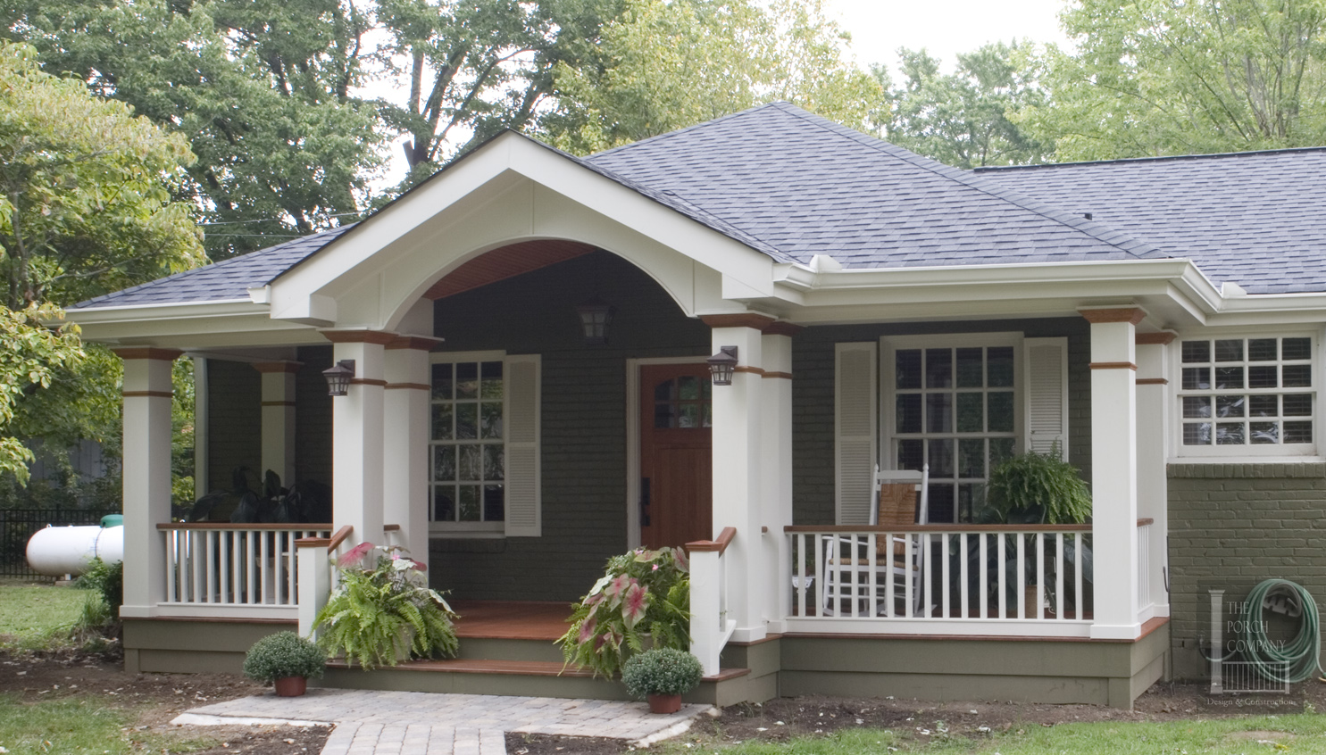 Image of: Home Exterior Porch Columns