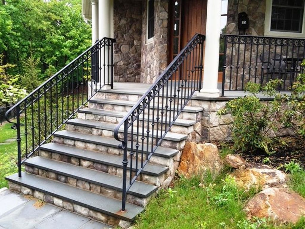 Image of: Impressive Black Porch Railing