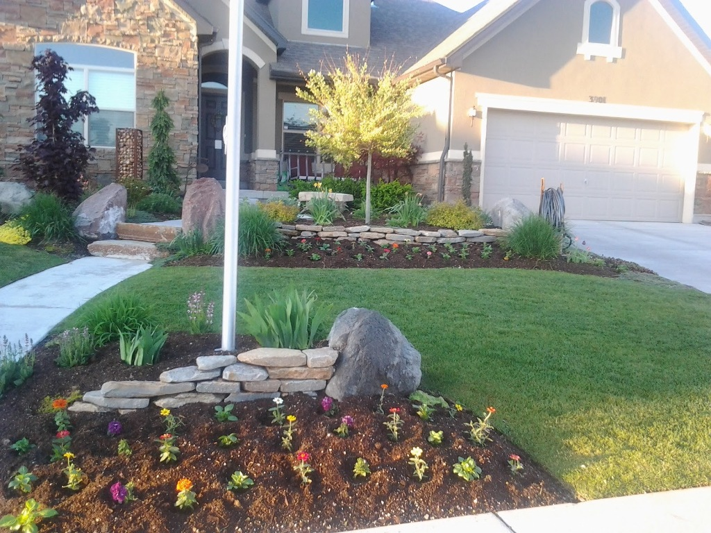 Image of: Landscaping For Flagpole