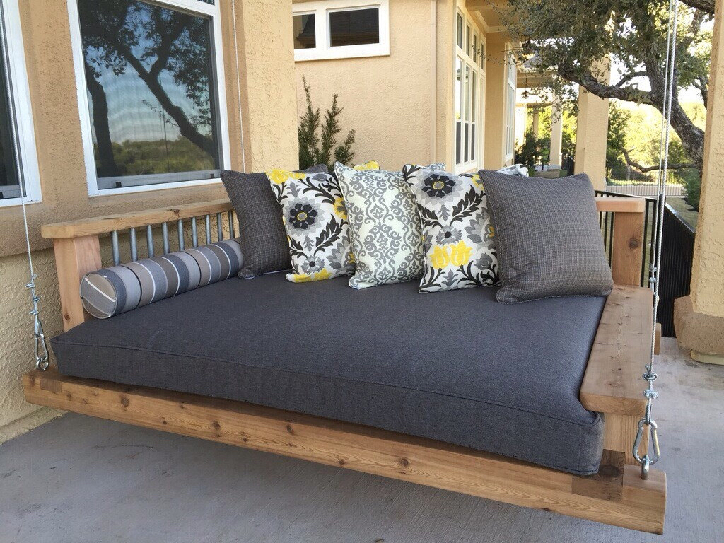 Image of: Large Daybed Porch Swing