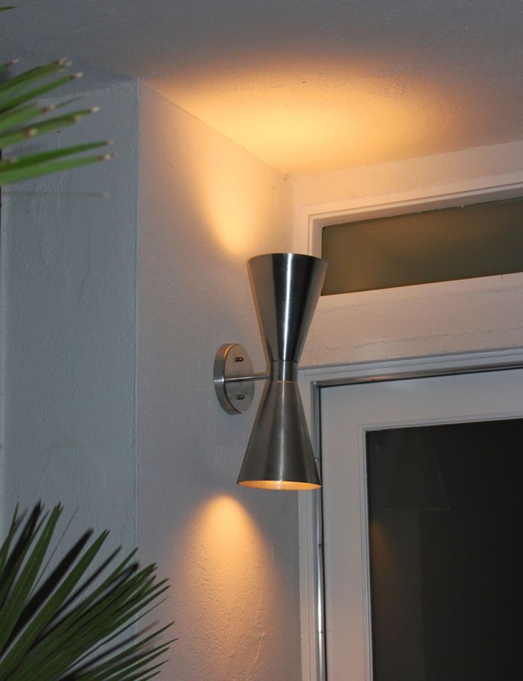 Image of: Mid Century Porch Light Modern