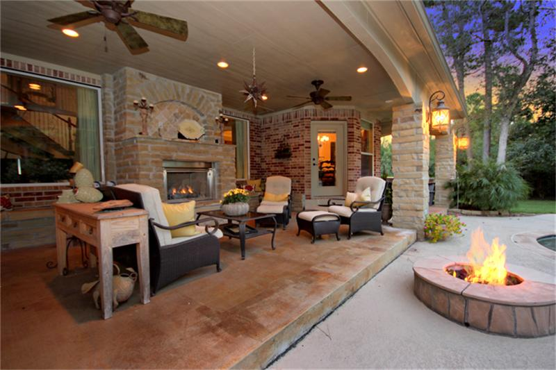 Image of: Modern Covered Back Porch