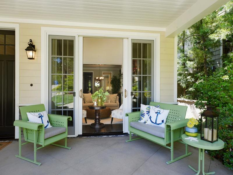 Image of: Navy Front Porch Furniture Ideas