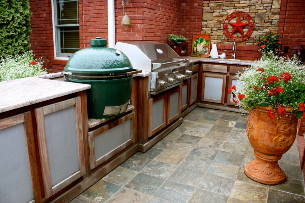 Image of: New Big Green Egg Built Into Outdoor Kitchen