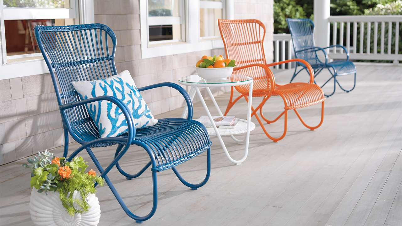 Image of: New Front Porch Table And Chairs