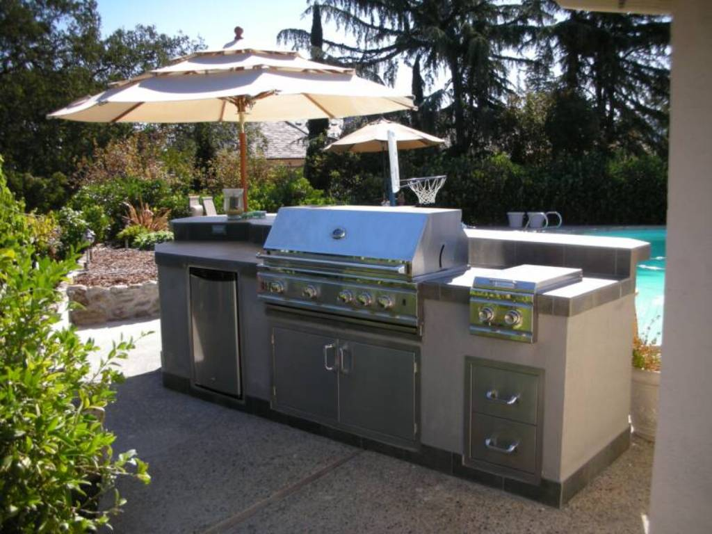 Image of: New Outdoor Kitchen Fort Lauderdale Design