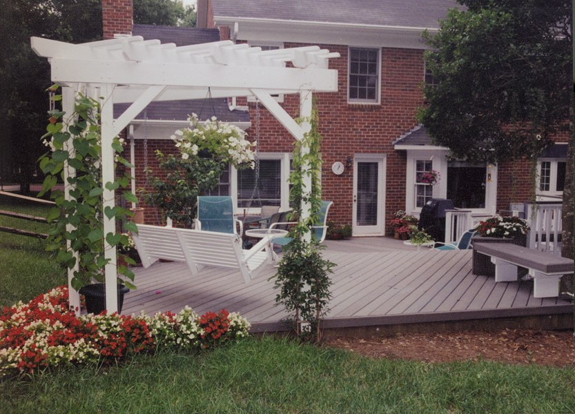 Image of: Nice Composite Porch Swing Ideas