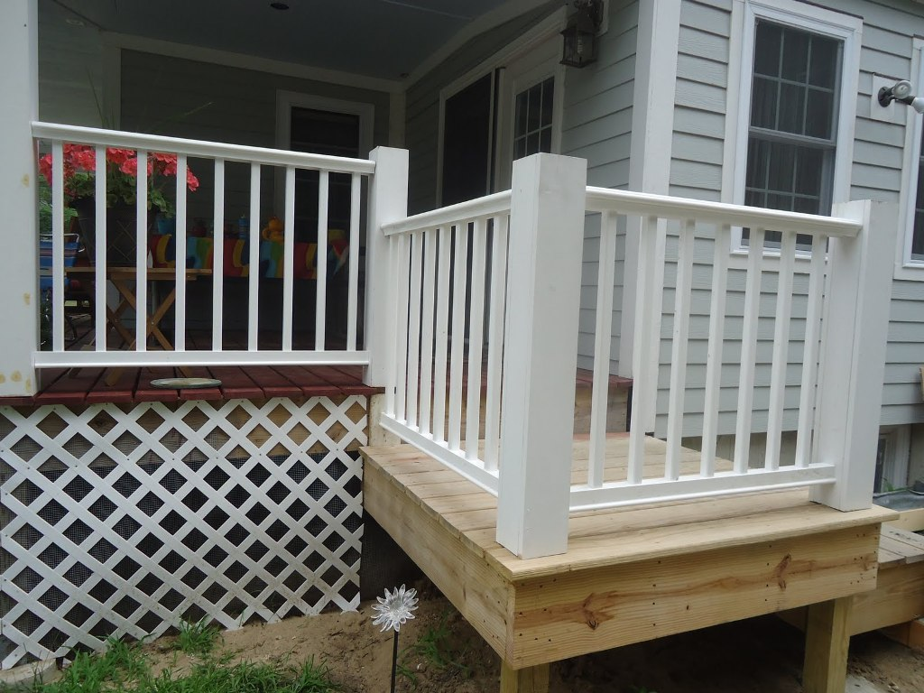 Image of: Nice DIY Porch Railing