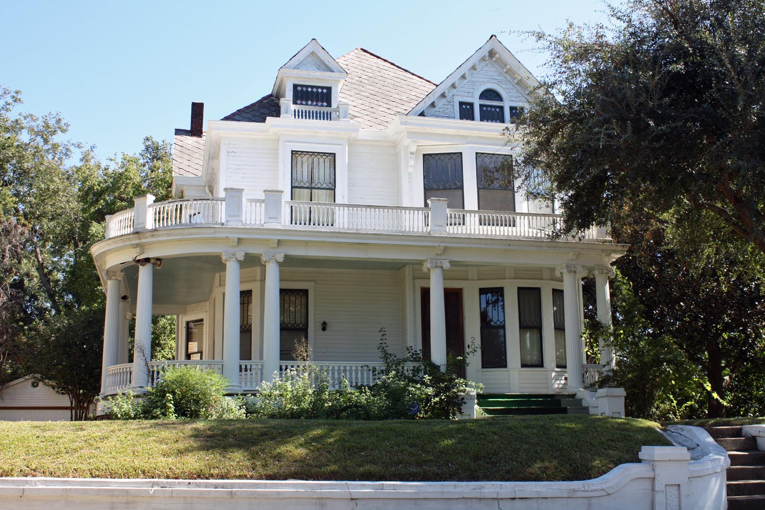 Image of: One Story House Plans With Porch Trends