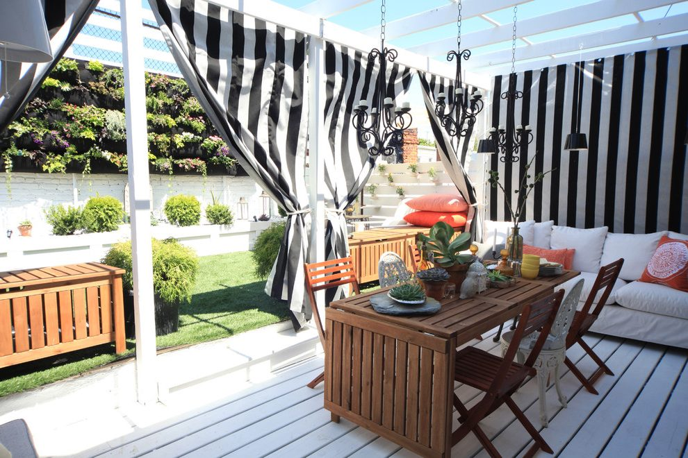 Image of: Outdoor Curtains For Porch Design