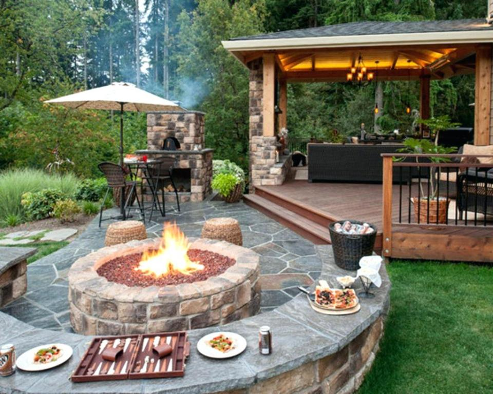 Image of: Outdoor Fireplace Grates Cast Iron