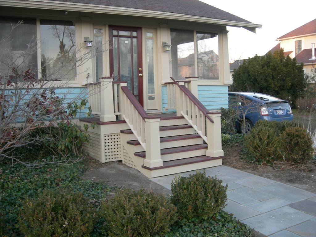 Image of: Outdoor Handrails For Porch Steps