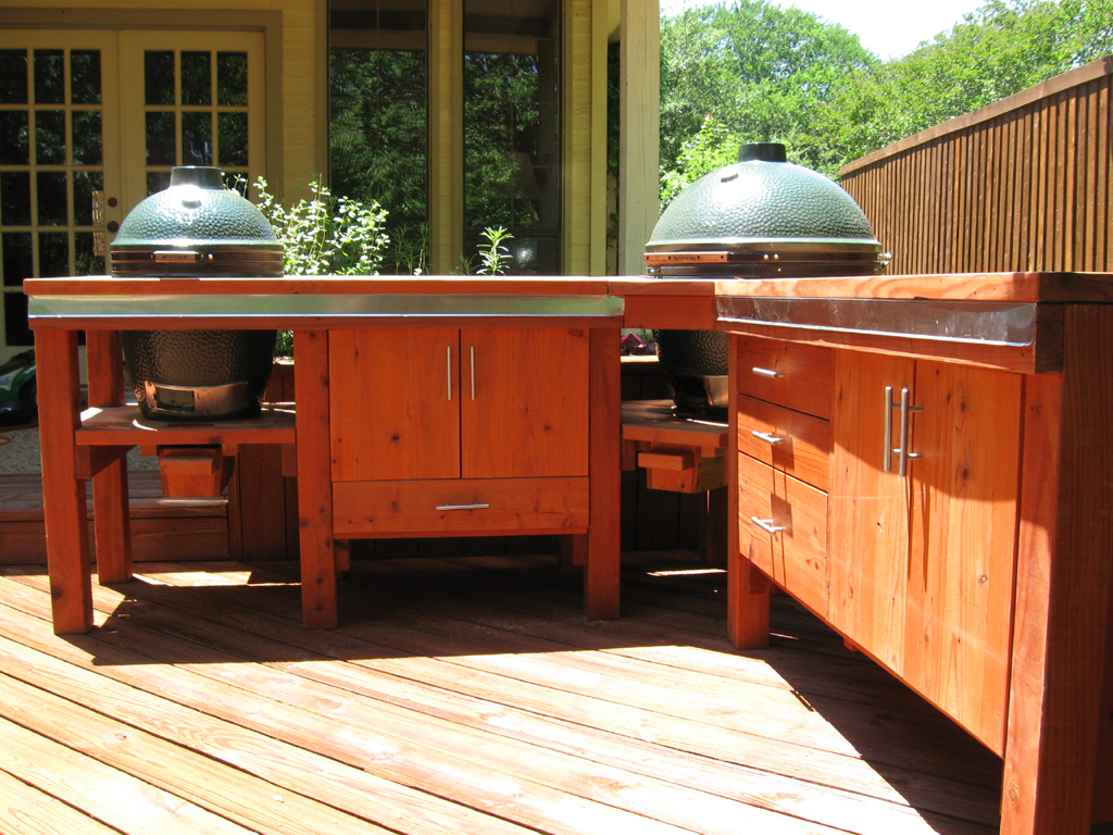 Image of: Outdoor Kitchen With Built In Big Green Egg