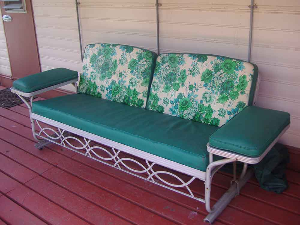 Image of: Outdoor Metal Porch Glider