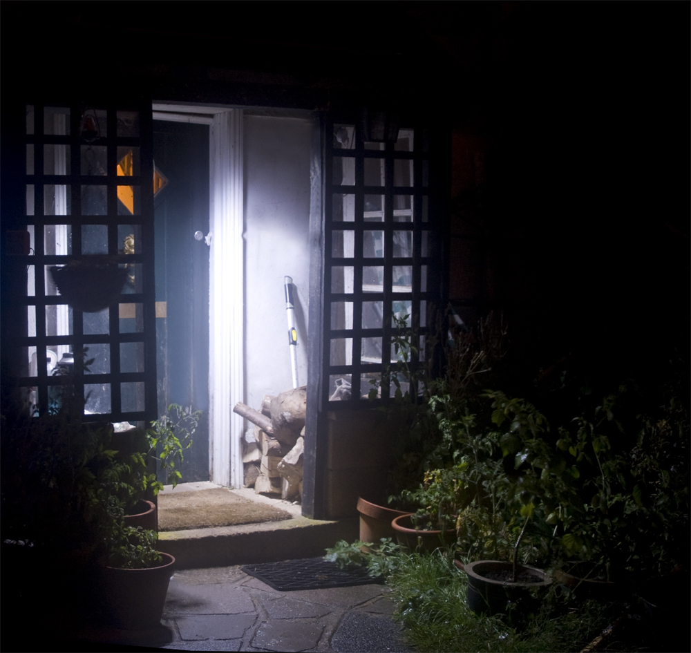 Image of: Outdoor Porch Lights Solar