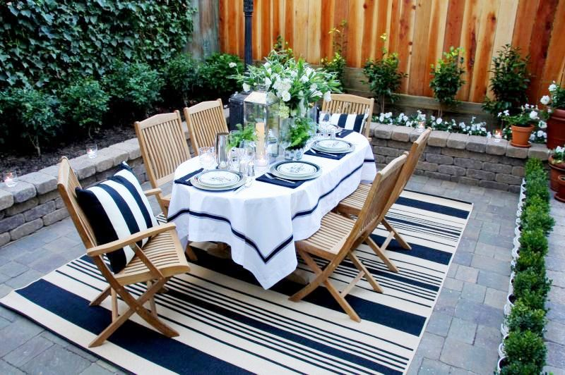 Image of: Outdoor Porch Rugs Stripes
