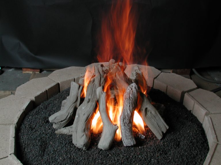 Image of: Outdoor Propane Gas Fireplace Logs