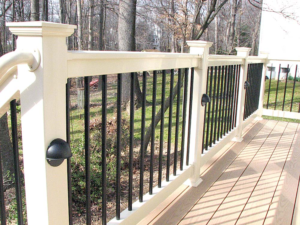 Image of: Popular DIY Porch Railing
