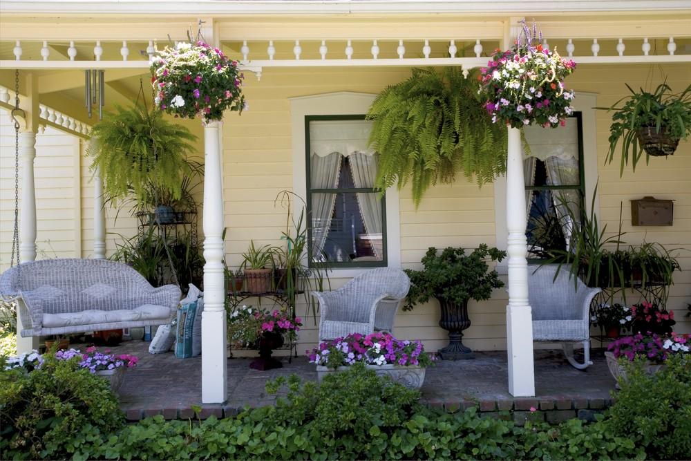 Image of: Porch Decor Ideas Flower