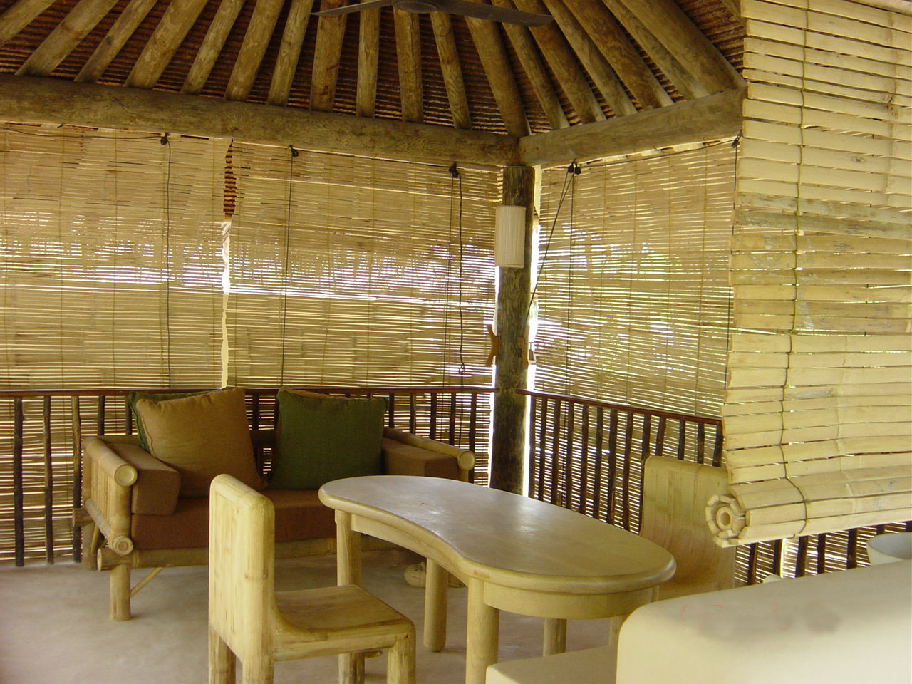 Image of: Rustic Bamboo Porch Shades